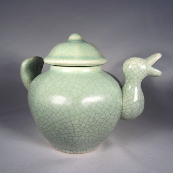 Chinese Duck Porcelain Tea Pot - Art Pottery