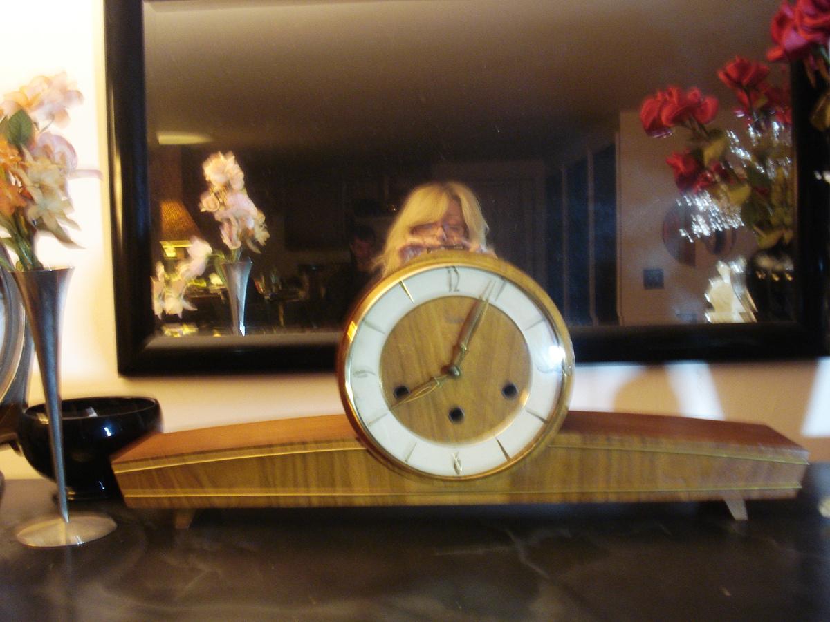 Mid Century Modern Art Deco Look Mantle Clock Collectors Weekly