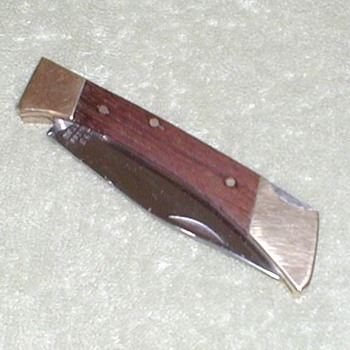 Pocket Knife - Hunter - Tools and Hardware