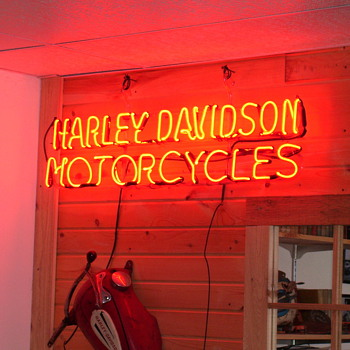 Vintage Harley Neon Sign - Motorcycles
