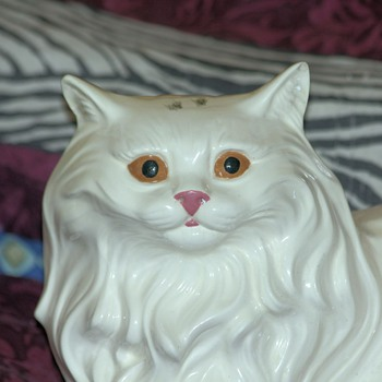 Duvette - my Angora(ish) ceramic kitty cat - Animals