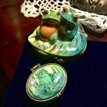 Limoges and Chen frog trinket boxes  - Animals