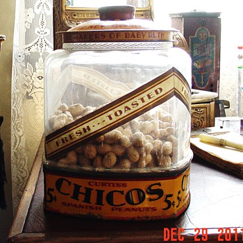 1920&#039;s Curtiss Candy Co. Chicago...Chico&#039;s Spanish Peanuts Jar...only 5 cents - Advertising