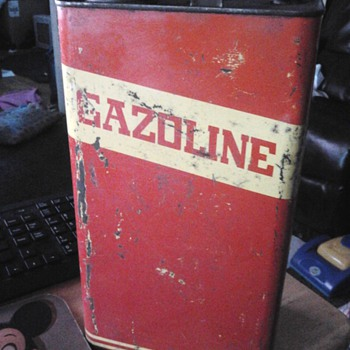 French Canadian Gaz can.  - Petroliana