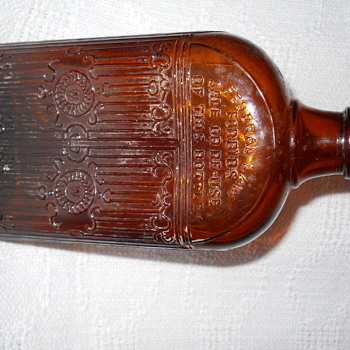 Brown Gated Bottle