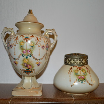 James Kent Royal Foley ware - Art Pottery