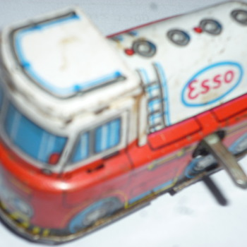 esso tin windup toy