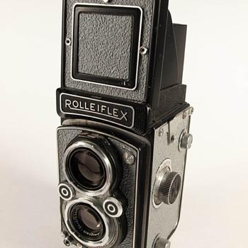 Rolleiflex Automat II/X-Sync Custom - Cameras