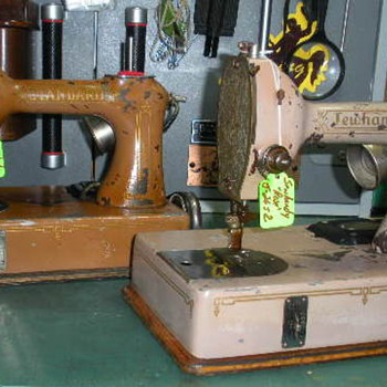 """Sewhandy"" the precursor to the Singer ""Featherweight"" - Sewing"