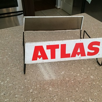 1950's ATLAS tire stand.
