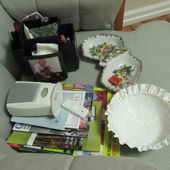 Porcelain dresser dish?