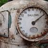 G & B  OLD GAS PUMP ,  CIRCA 1914