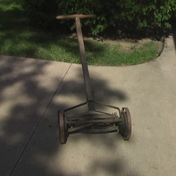 vintage push lawnmower - Tools and Hardware