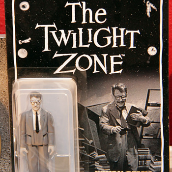 Twilight Zone - Henry Bemis Figure
