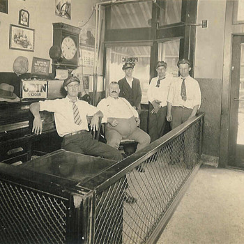 Muncie Public Cab Co. - Photographs