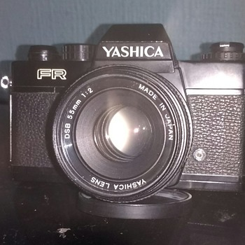 Yashica FR 35mm film camera from 1976 era with an original DSB 1:2 55mm lens with a working frame counter.
