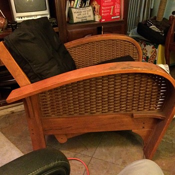 Futon Chair- Anyone recognize the style? Manufacturer? Age? - Furniture