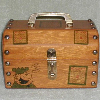 "Wood ""Beetle Bailey"" Bingo Box - Games"