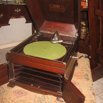 1917 Victor VV-IX - Records