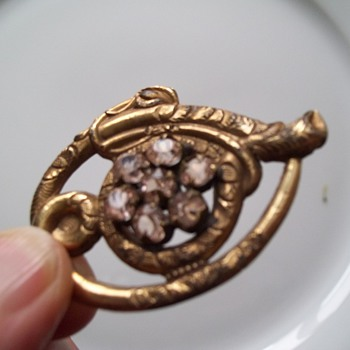 Antique Brooch - A Whip with C Clasp & T hinge pin - Fine Jewelry