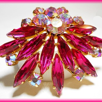 A Vintage PINK Brooch  - Costume Jewelry