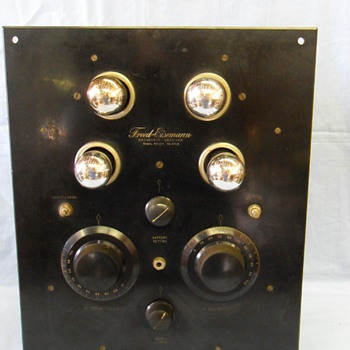 Freed Eisemann Broadcast Receiver Model NR-215