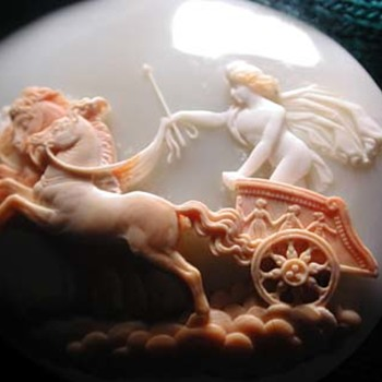 Fine cameo of Apollo in chariot - Victorian Era