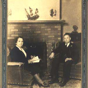1921 - Family Photograph - Photographs