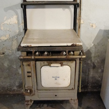Sterling Stove - Kitchen