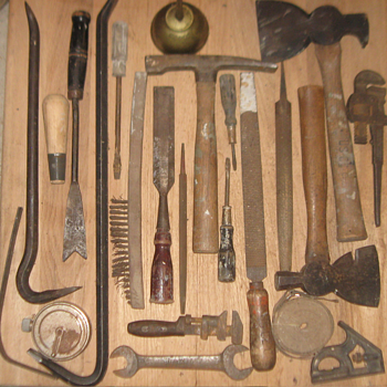 A number of recntly acquired hand tools and other related items