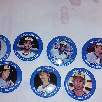 Milwaukee Brewers pins 1984
