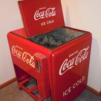 1940 Cavalier Standard Ice Cooler