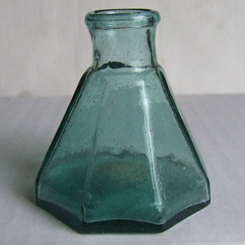 Very Nice pontiled Late 1850's- Early 1860's Umbrella Ink Bottle