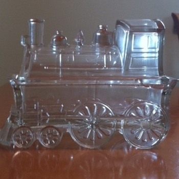 Locomotive candy dish circa 1900 - did it come from Ukraine?