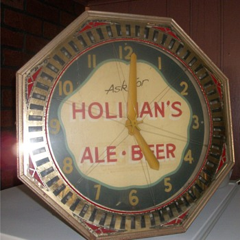 Brewery Spinner Clock - Breweriana
