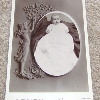 1890s cabinet card of baby with hidden mother - Photographs