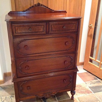 Victorian style dresser