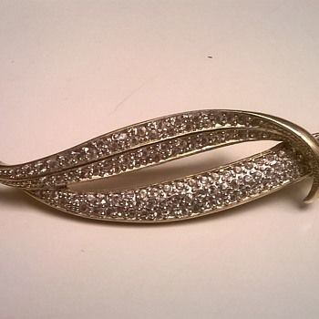 Double Leaf Brooch, Flea Market Find - Costume Jewelry