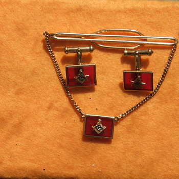 A Couple Tie-Clips and Tie-Tack for AR8Jason Amusument - Accessories