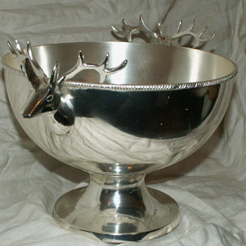 Zodax Silver Metal Deer Eggnog Bowl - Kitchen