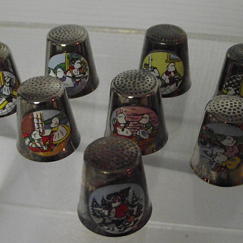 8pc set of Downs Thimbles