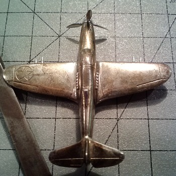 P-39 AIRACOBRA FIGHTER AIRPLANE --- SOLID SILVER --- LUCILLE M. BELL, WIFE OF LAWRENCE DALE BELL