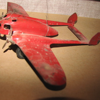 1935 Crusader (wyandotte Toy Co.) predating the P-38