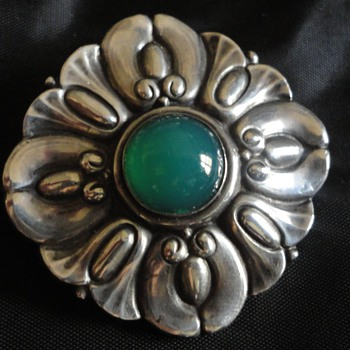 Scandinavian or German 800 Silver & Chrysoprase Brooch c. 1900 - Fine Jewelry