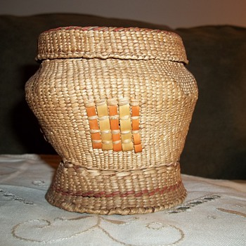Native American Makah Woven Basket - Native American