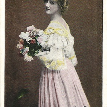 MISS NINA SEVENING - EDWARDIAN STAR - Postcards