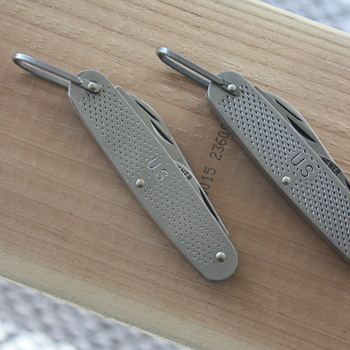 1977 & 1987  CAMILLUS U.S. MILITARY UTILITY KNIVES - Tools and Hardware