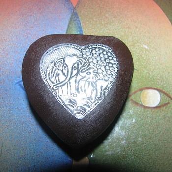 Elephant heart shaped box