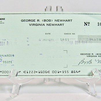 "A CANCELLED CHECK SIGNED ""BOB NEWHART""( ACTOR ) - PAYABLE TO NEIMAN MARCUS 1973"