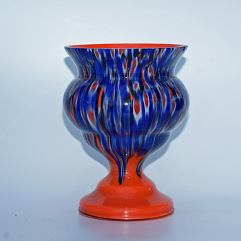Kralik Millefiori decor on a Tango base - Art Glass